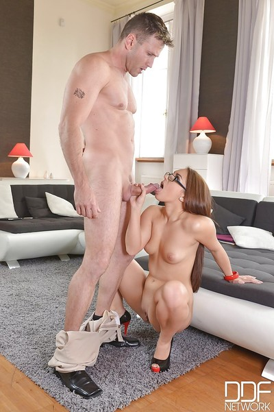 Teen Jenny deepthroats cock in high heels and takes facial cumshot