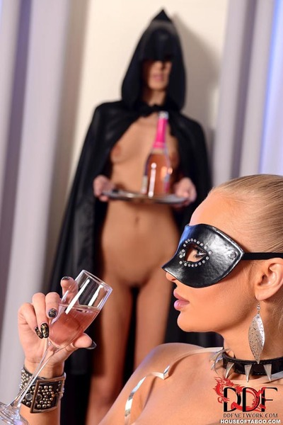 Fetish fetish freaks Kayla Raw & Meg Magic gear assholes after pussy eating
