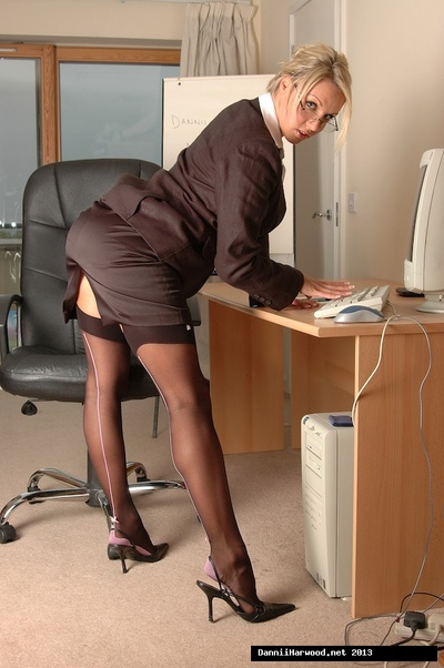 Clammy office gal Dannii Harwood was keen to get u into her office so she could leak her spiteful out of office ways!
