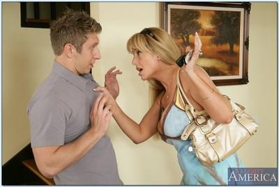 Big-ass blond milf Olivia Parrish seduces a hung young man