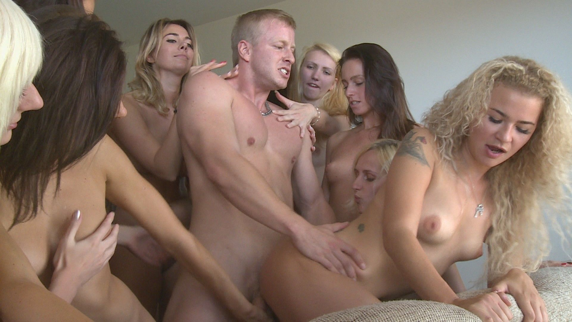 multi girls and a guy porn