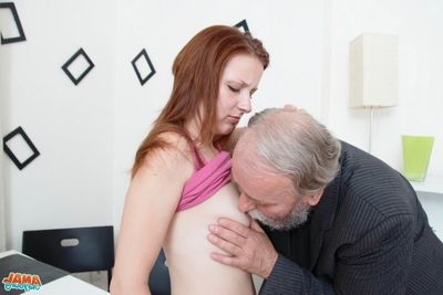 [Old Adolescent Anal] Sveta admires when her doyen mendicant arrives, and this chab slowly lifts