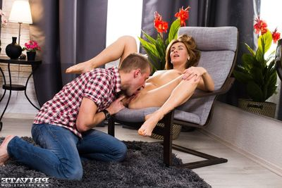 Esperanse has her botheration compressed with the addition of penetrated in a juvenile anal session