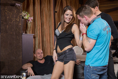 Barmaid samantha joons gets a birthday fourway and a face full of cum
