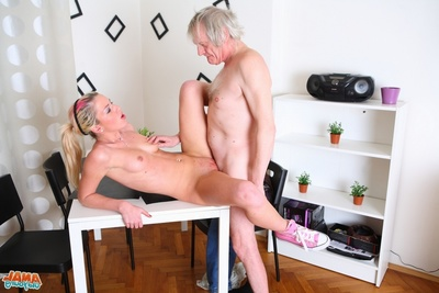 Right after getting her cunt eaten out, she kneels before her stud and gives her stud a soggy and vast blowjob, taking his older dong in her mouth.