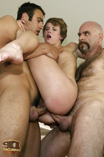 Claire Robbins gets double dug in an two men plus one female groupsex