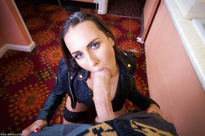 Schoolgirl Mea Malone takes a brute sized dick profound inward her pooper