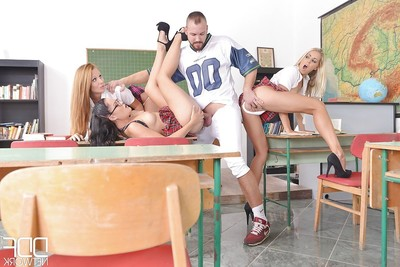 European schoolgirl Beauty Blade and girlfriends blow jock and eat pussy