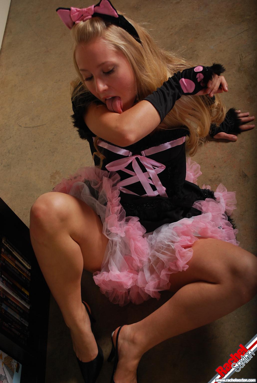 Rachel sexton kitty cosplay