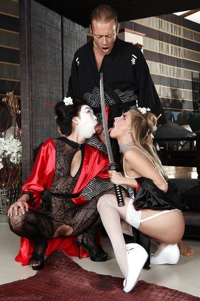 Charismatic geishas have fervent anal MMF with wellhung samur