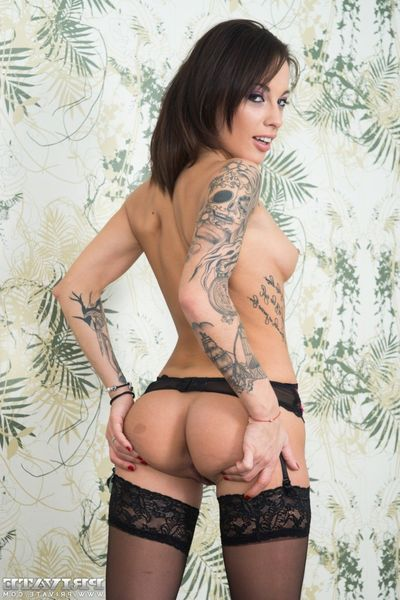 Nikita Bellucci gets an anal creampie in a POV gangbang