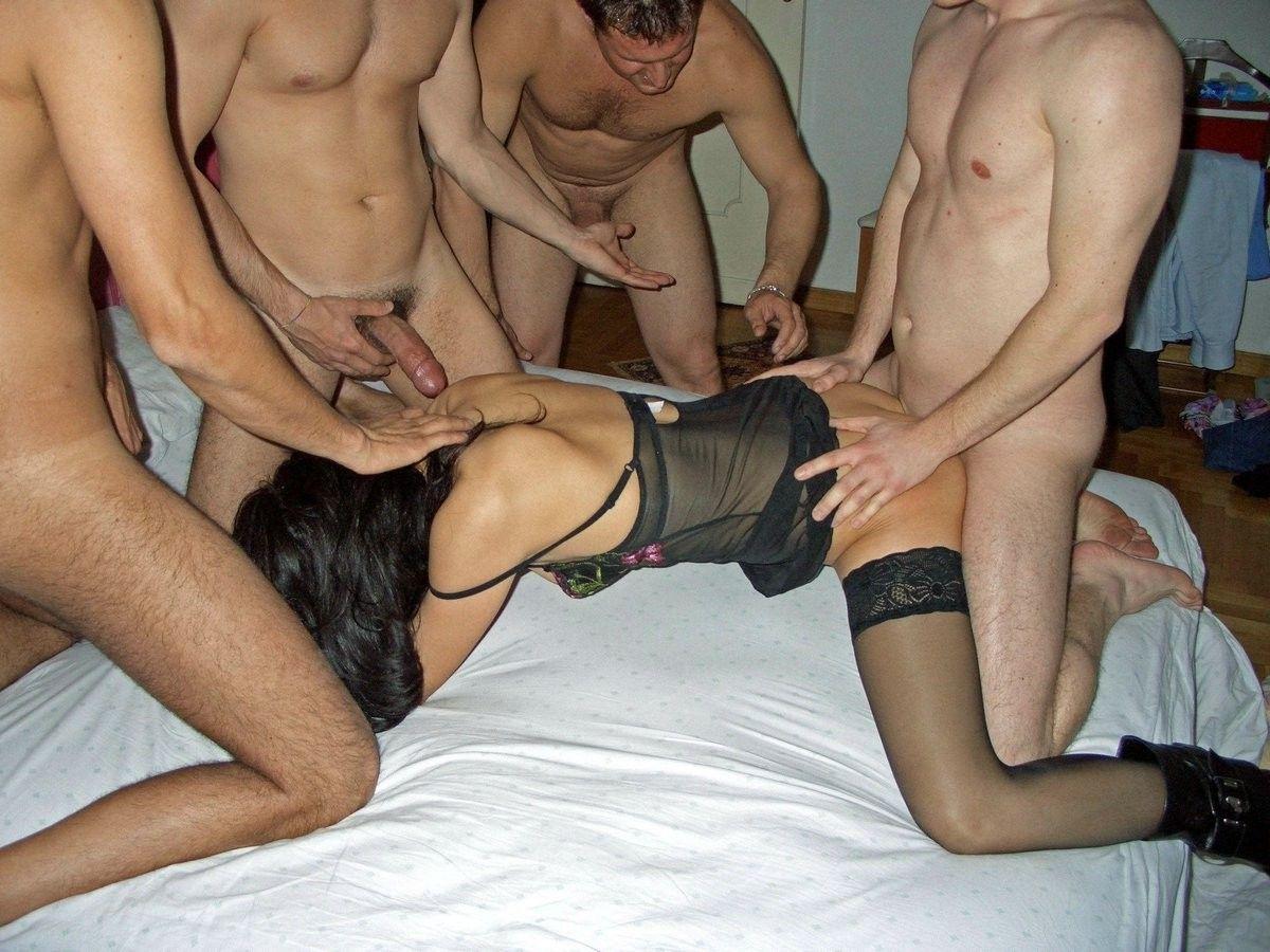 porno-seks-svingeri-smotret-besplatno