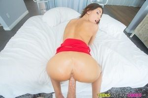 Skillful babe with yummy boobies August Ames gets a hard dick