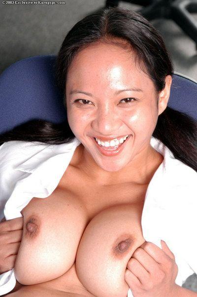 Smiling Asian model Loni is masturbating will not hear of cute vagina so hot