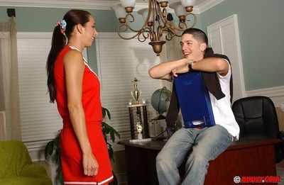 Smiley cheerleader floosie passes her audition by sucking and fucking a fast dick