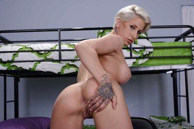 Indecorous blonde bombshell Dylan Phoenix akin missing her naugthy piercing