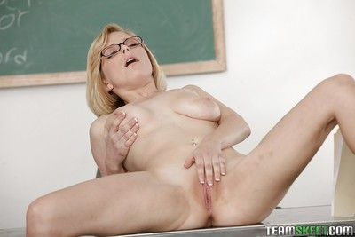 Adorable schoolgirl Penny Pax is posing in her sexy glasses