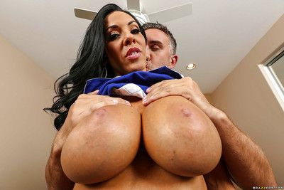 MILF Veronica Rayne unleashes her all undevious massive melons