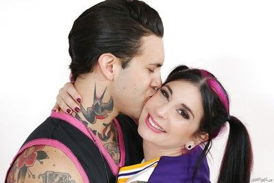 Amateur cheerleader Joanna Angel is fucking with regard to her boyfriend