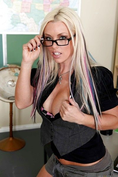 Big titted schoolgirl Brittney Skye in glasses strips take show her ass