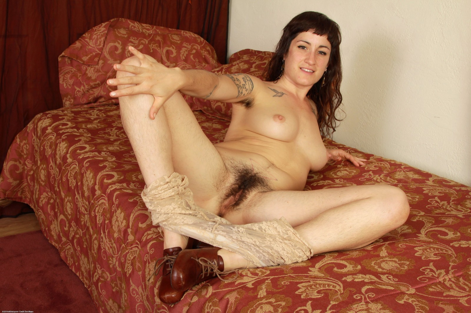 Untamed tattooed stacey removes clothes and swells her shaggy uterus