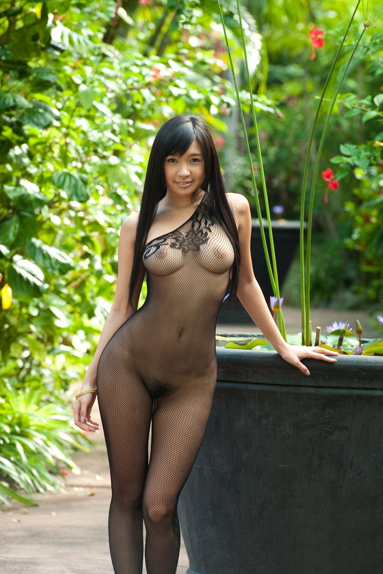 Japanisch hotty Nana Ogura in bodystockings