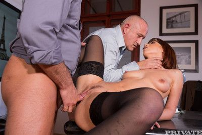 Blue secretary tina hot gets reproduce intensively