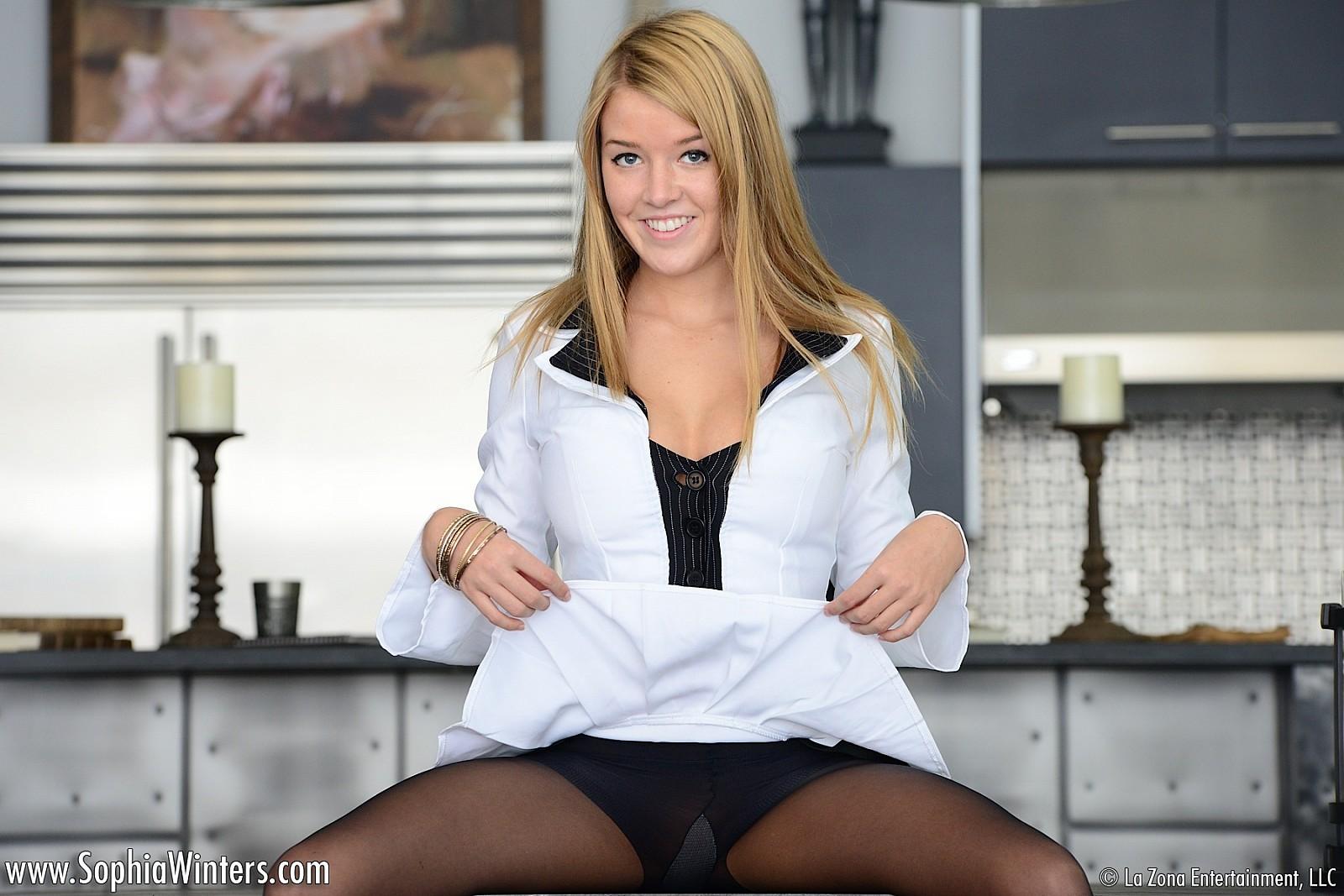 Sophia winters wanking in sheer stockings