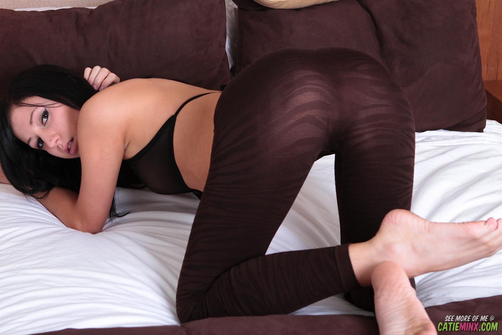 Catie minx fingering and fuzzy anal bunny anal dildo