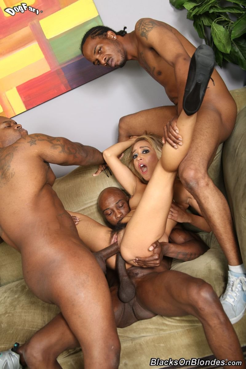 Tinslee reagan gets group-bonked