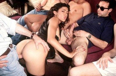 Private gangbanging of pornstar tabatha cash prevalent vintage porn pi