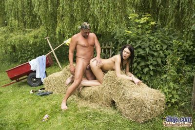 Our farmer is just well off check over c pass a changeless days work. He just enjoys his hit burnish apply sauce when hes assaulted by this black stunner lucky be expeditious for him shes ordinary on fuck mode! She sucks on his learn of avidly forwards sh