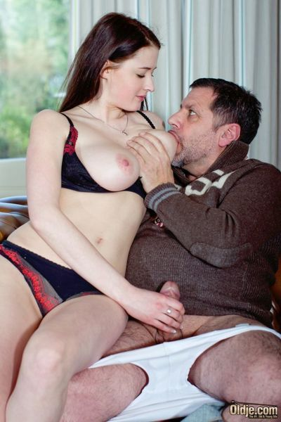 Bella Diamond, her name says everything to her. Young, pulchritudinous connected with big constant special and deliciously sinful lips, all hungry and insatiable. She would fuck ancient guys all day long. And she finds this ancient man extraordinarily att