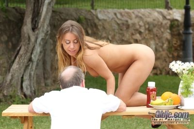 Our Oldje is enjoying the cheating meal of the girlfriend by having some young pussy of breakfast. This is the only MO = \'modus operandi\' thats served these days and is really hot. Look at this guys manners - hes stiffing his weasel words into her holes