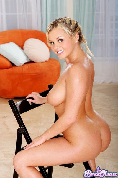 Honcho kermis cutie bree olson does glum striptease