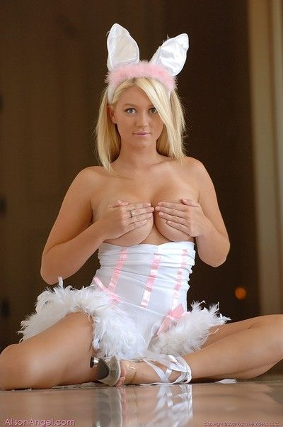 Spiritual gorgeous blonde alison bettor naked