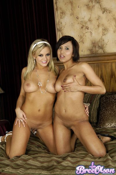 Bree olson and veronique vega getting off gather up