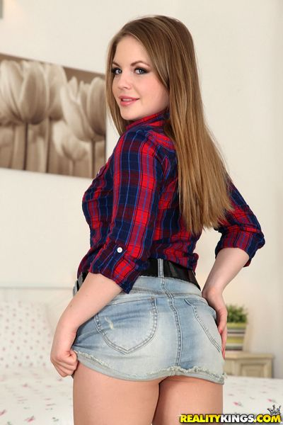 Sexy teen from Europe Alessandra Jane takes off their way blue strings
