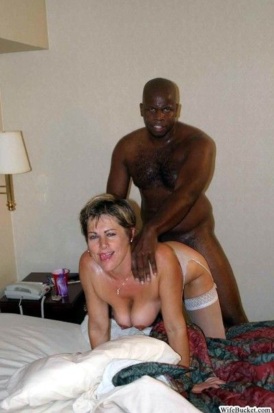 Random amateur wives getting fucked