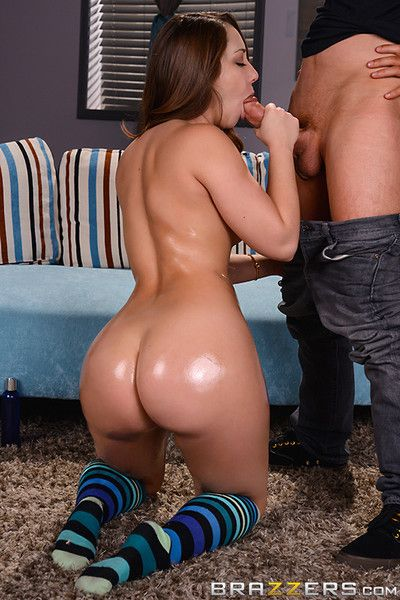 Horny girl remy lacroix fucked in her tight asshole