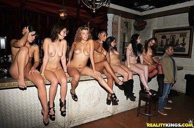 Sexual teen babes fucking club orgy