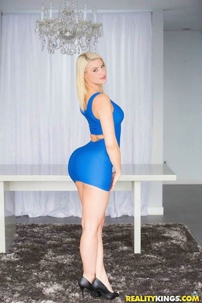 With regard to assed blonde annika albrite fucked yon for everyone respects styles