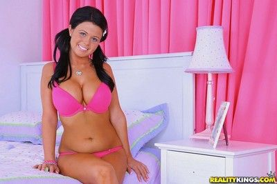 Petite teen loni evans losed in doggystyle