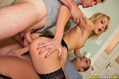 Sexy blonde ivana sugar fucked in anal threesome