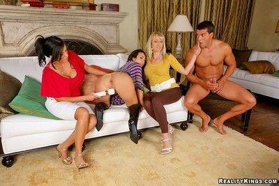 Milf anal virgin bonking in cfnm action