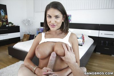 Busty girlfriend August Ames takes cum on will not hear of face after giving bowjob