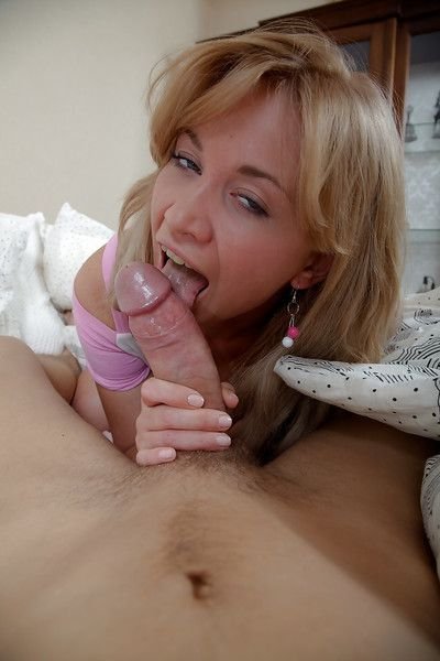 Blonde Euro girlfriend Luiza giving blowjob on knees for facial cumshot
