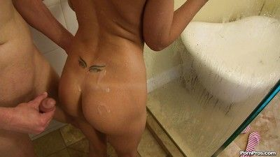 Blonde girlfriend Erica Fontes acquiring hardcore fucked with reference to the bath