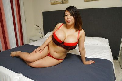 Fatty Asian Tigerr Benson is posing to her lovely doggy style