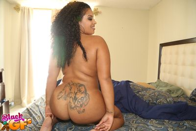 Dismal mischievous timer Raquel Savage unleashing her big black juggs